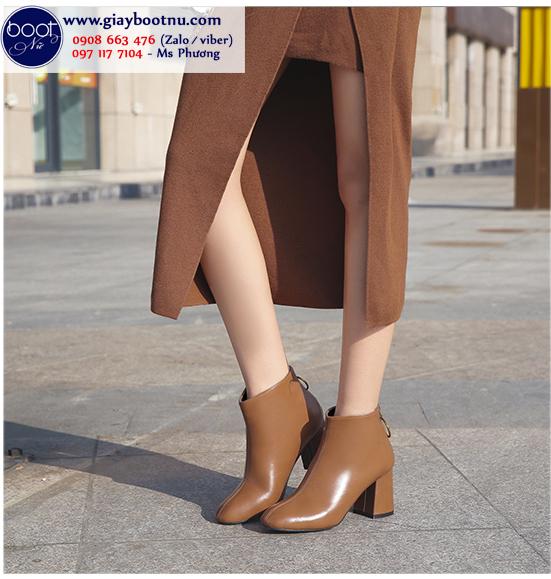 Boot nữ cổ ngắn mũi vuông màu nâu thời thượng GBN2403